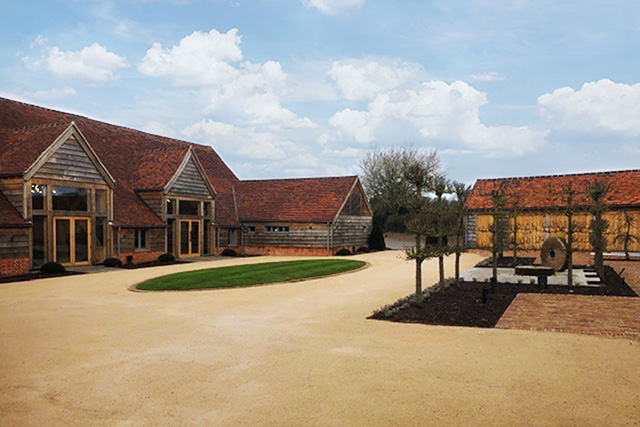 Rackleys Chiltern Hills Courtyard